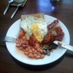 wave_guru_surf_camp_bali_breakfast_egg_n_bacon