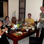 wave_guru_surf_camp_bali_villa_guests_barbeque